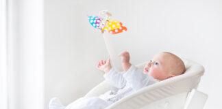 leżaczek-bujaczek, czy jest niezbędny dla niemowlaka?